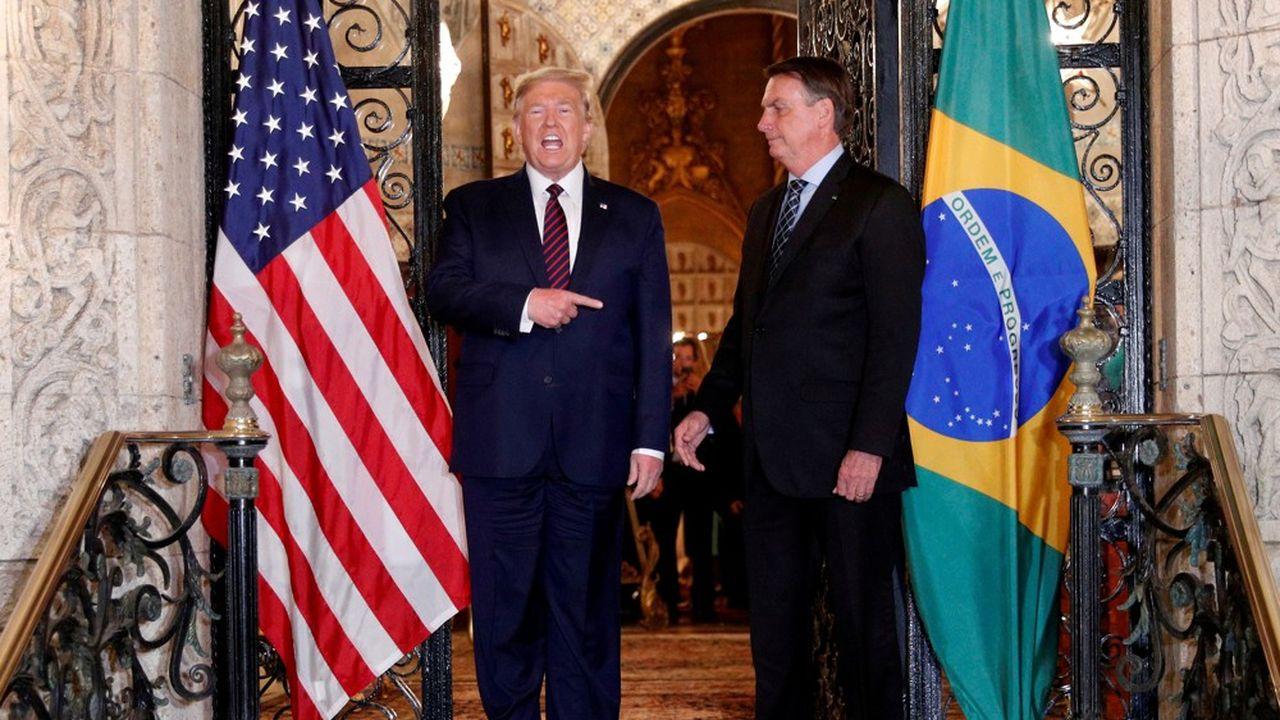Allié inconditionnel de Donald Trump, Jair Bolsonaro deviendrait complètement isolé sur la scène diplomatique en cas de victoire de Joe Biden