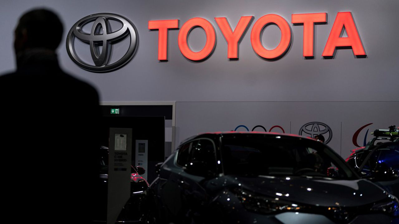 Le constructeur auto japonais espère générer au moins 1.300milliards de yens de profits opérationnels, soit 10,6milliards d'euros.