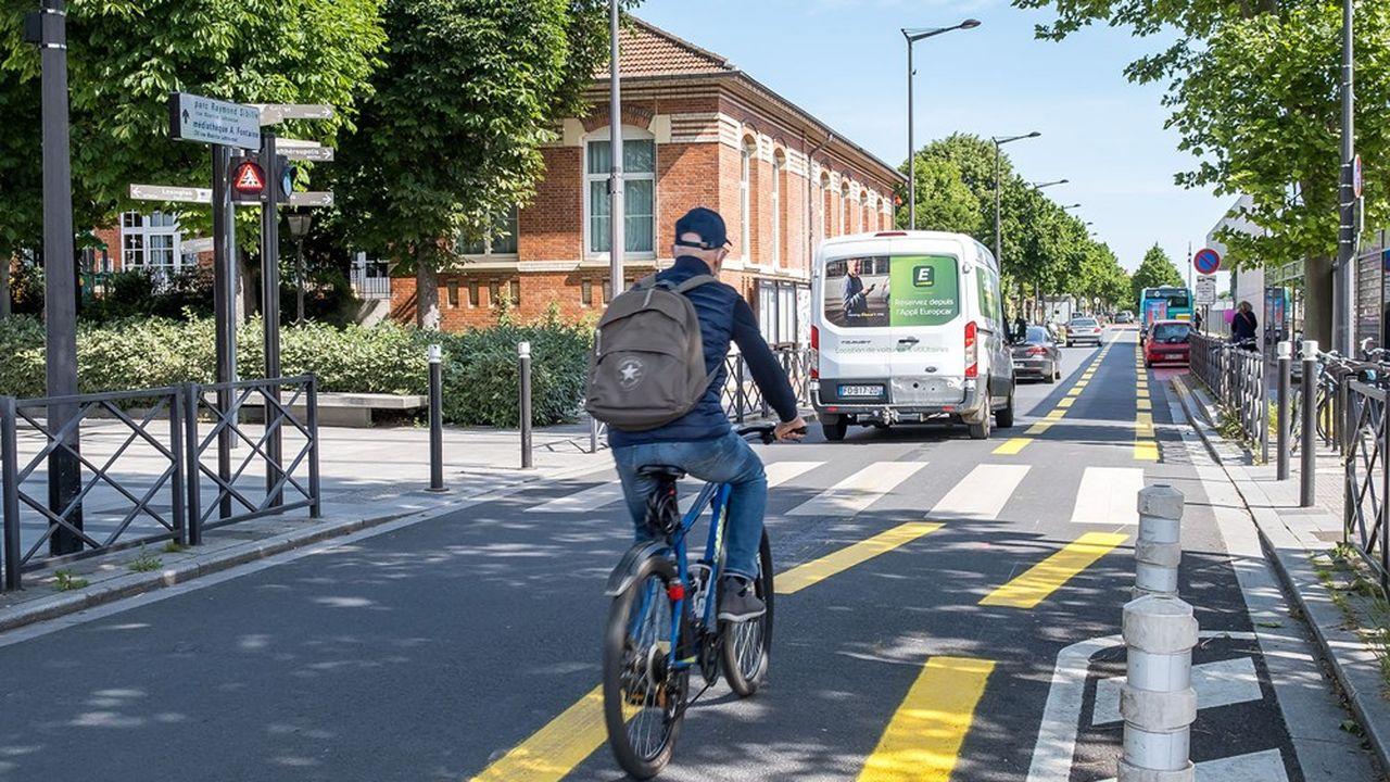 Antony essaie d'encourager le vélo avec des pistes cyclables provisoires et un service de vélos électriques partagés