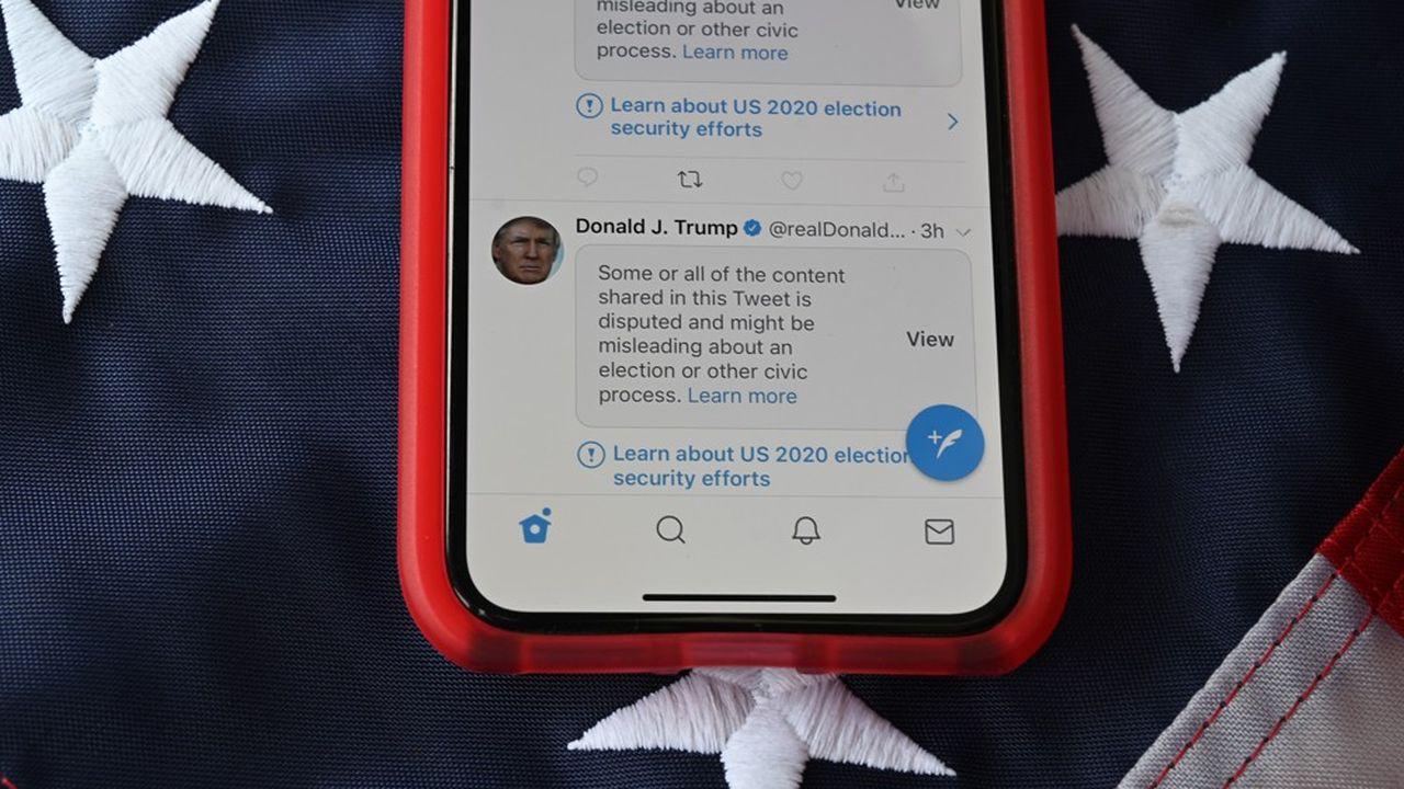 Depuis l'ouverture des bureaux de vote mardi, Twitter a recouvert d'un avertissement 12des 46messages et vidéos publiés par le président sortant, selon un décompte effectué à la mi-journée vendredi.