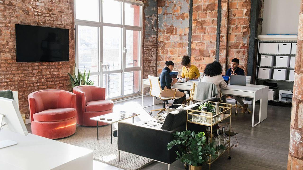 Créée en 2012, Cooptalis compte une dizaine de sociétés au total liées à la mobilité internationale: formalités de l'immigration, intérim, portage salarial, recrutement,etc.