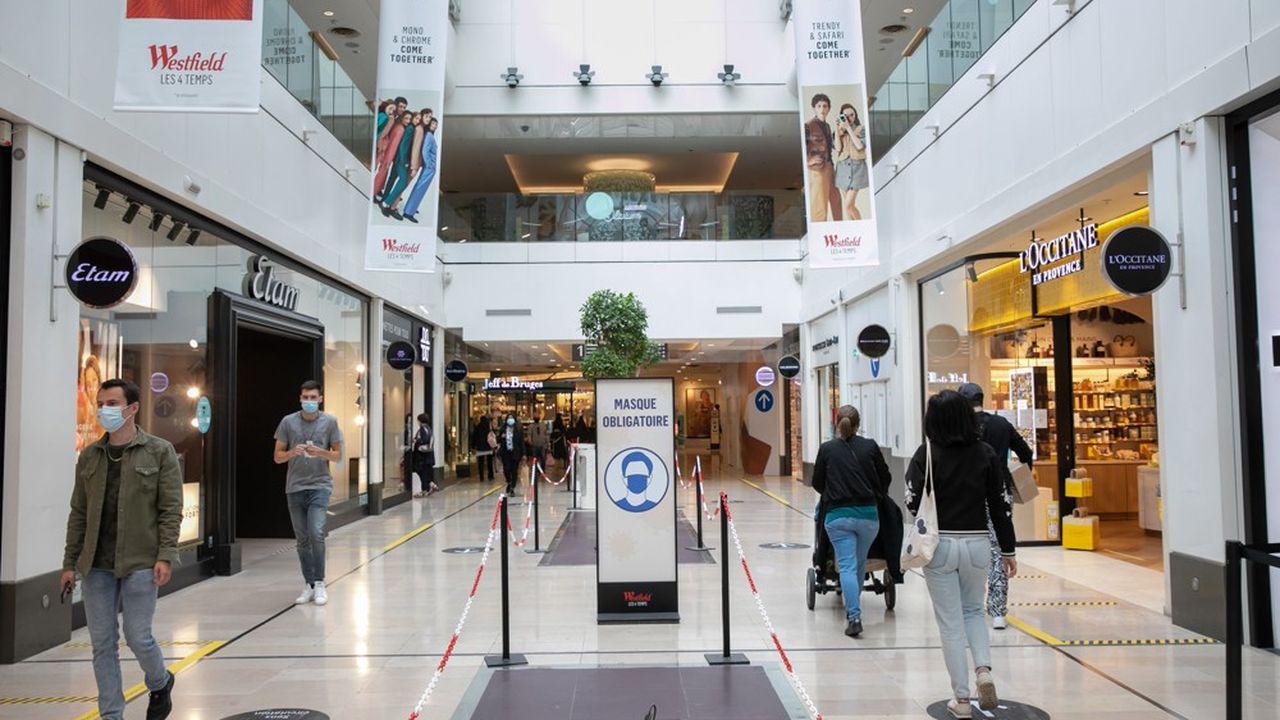Unibail-Rodamco-Westfield, très endetté, a été fragilisé par la crise sanitaire qui a mis à mal l'activité de ses centres commerciaux.