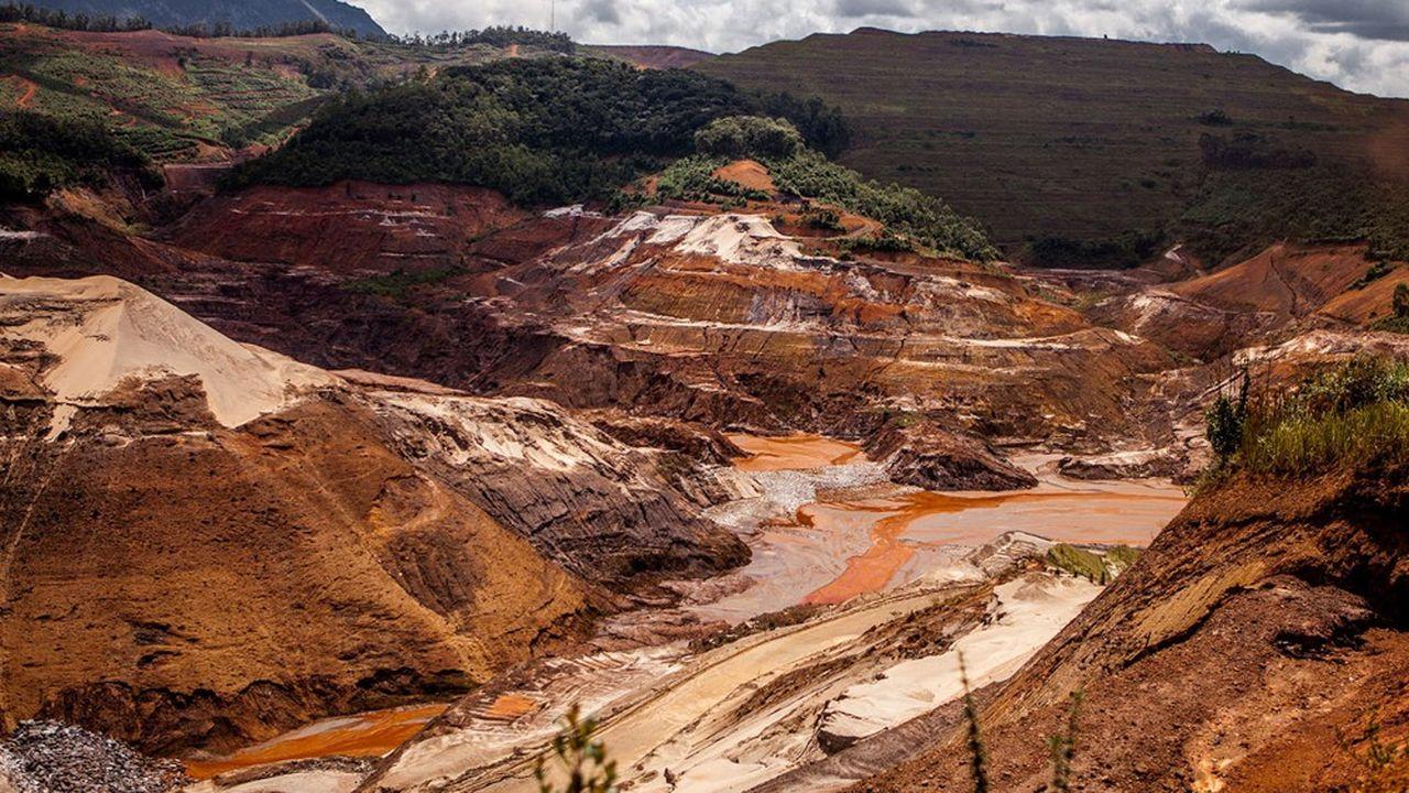 Le barrage de Fundao a rompu le 5novembre 2015