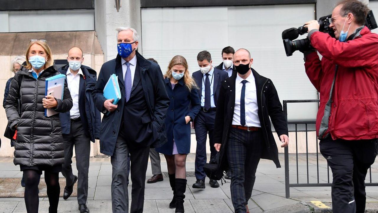 Michel Barnier (au centre) est, ce mercredi encore, à Londres dans le cadre des négociations avec le Royaume-Uni sur le Brexit.
