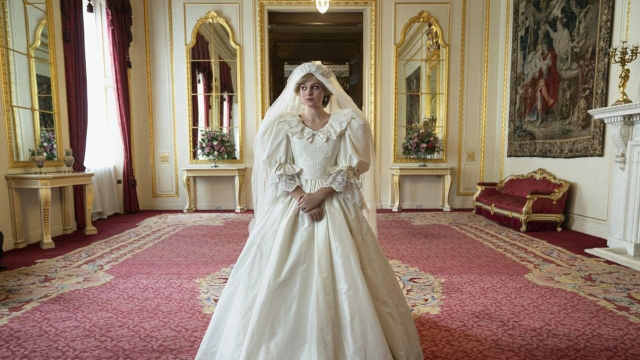 Emma Corrin en Princesse Diana dans la quatrième saison de «The Crown».