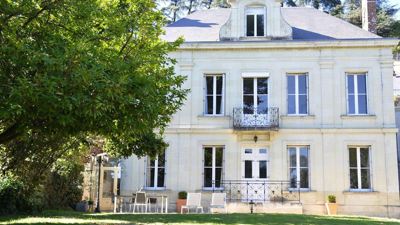 Une maison face à la Loire, aux portes de Tours
