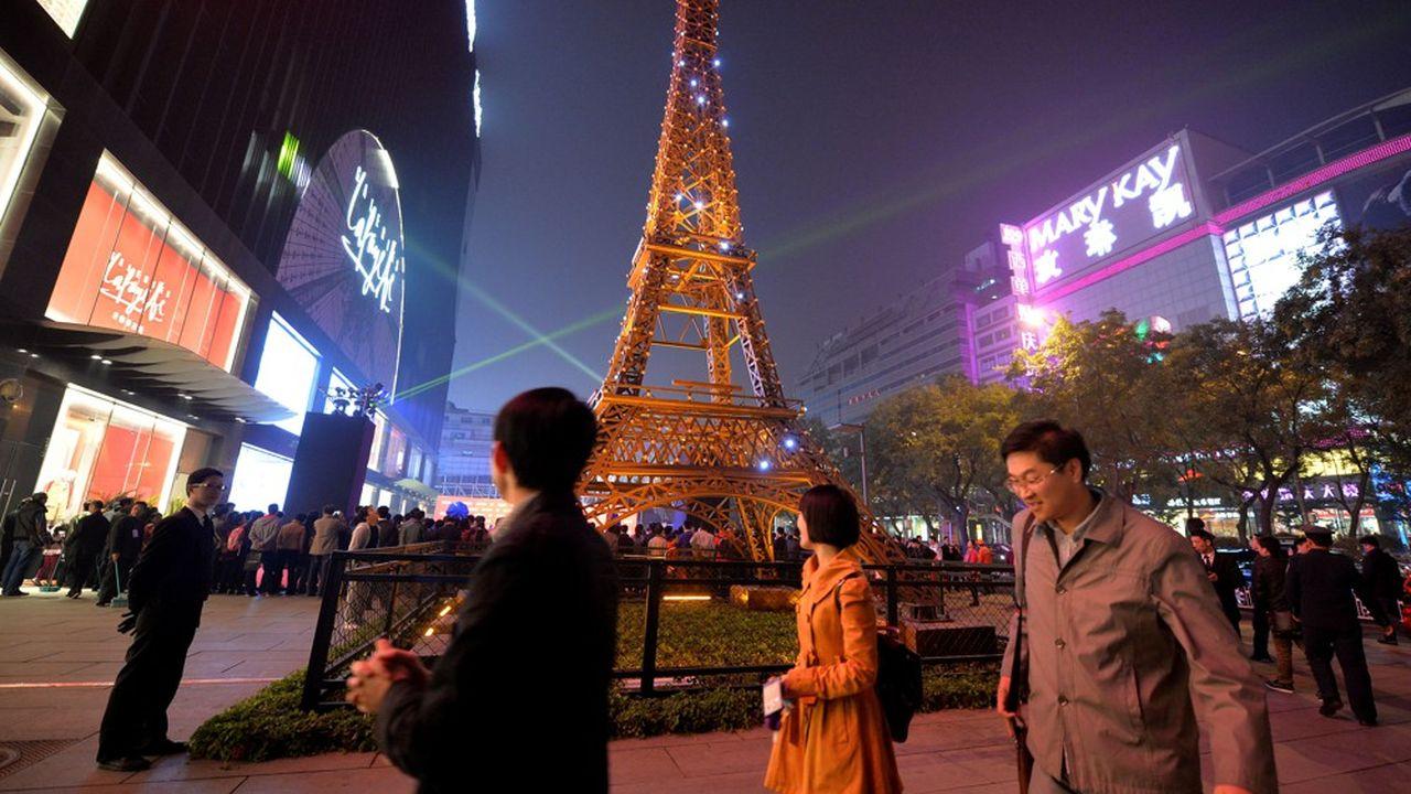 C'est en 2013 que les Galeries Lafayette sont revenues en Chine, à Pékin. Elles ont ouvert une deuxième unité à Shanghai et en prévoient une troisième à Guiyang, la capitale de la province à fort potentiel du Guizhou.
