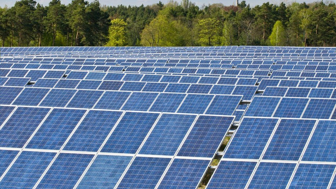 Les tarifs d'environ 800 contrats photovoltaïques sur les 235.000 existants vont être révisés.