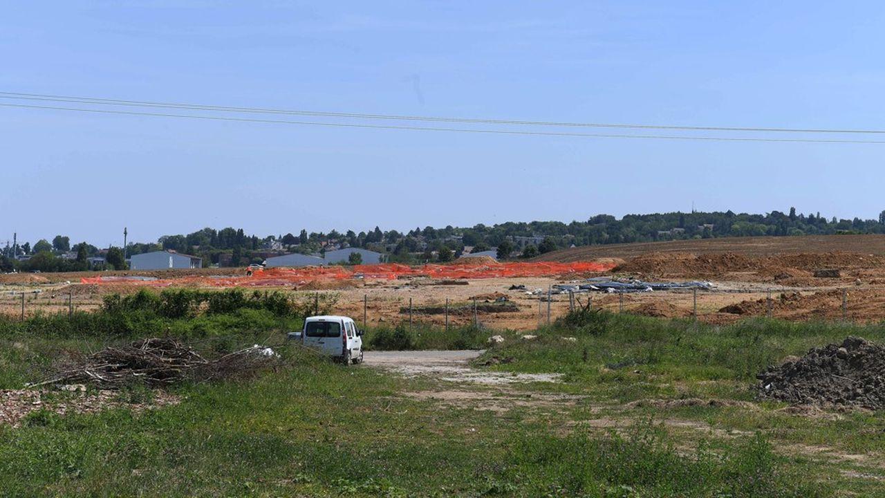 Les terrains situés à proximité du futur Campus du PSG, font l'objet d'une promesse de vente.