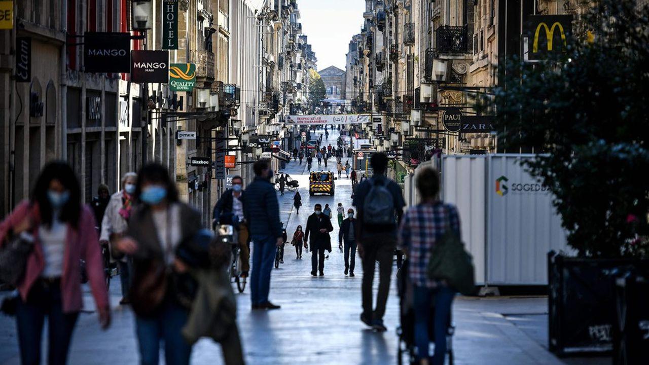 En France, les déplacements à pied ont baissé de 55% par rapport à une période normale d'après les données Apple, contre 95% durant le premier confinement.