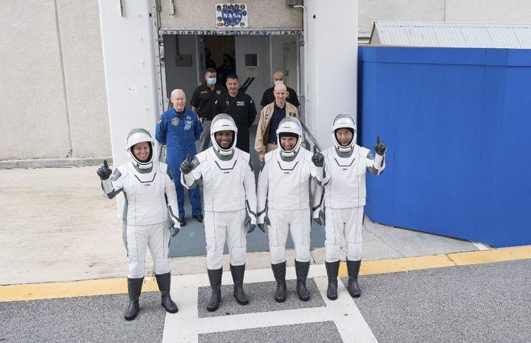 Quatre astronautes vont prendre place à bord de Crew Dragon.