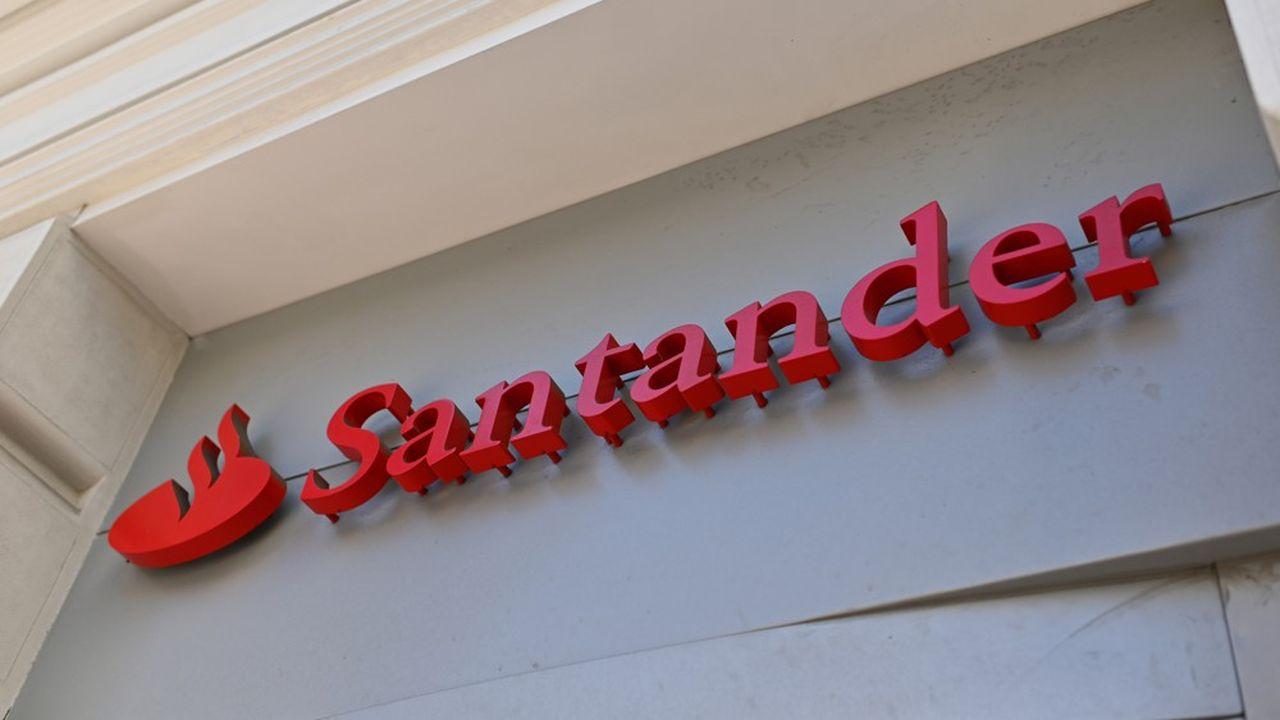 Santander prévoit la suppression de 4.000 emplois et la fermeture de 30% de ses agences en Espagne.