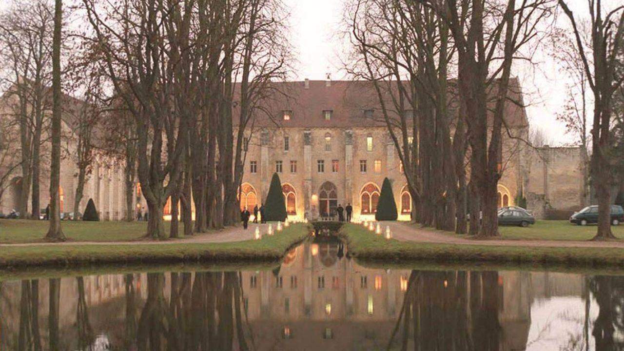 L'abbaye de Royaumont emploie 74 équivalents temps plein.