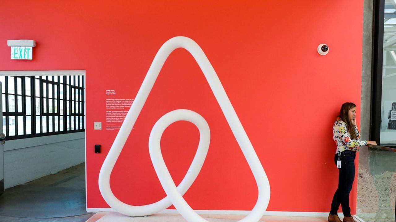 Cette opération ferait passer la valeur d'Airbnb de 42milliards de dollars à un plus haut de 47,3milliards de dollars.