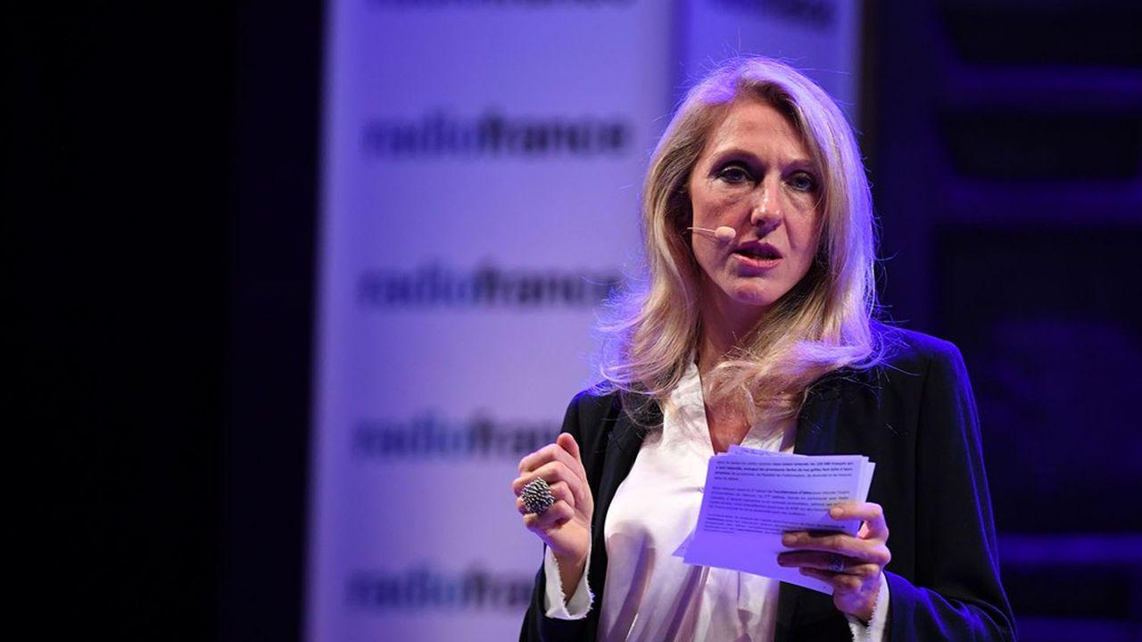 Sibyle Veil, présidente de Radio France, veut aligner les pratiques publicitaires de son groupe avec ses engagements éditoriaux.