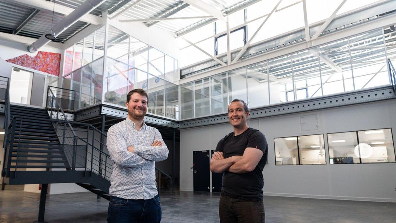 Maxime Feyeux, président et directeur scientifique de TreeFrog Therapeutics, et Kevin Alessandri, directeur technique.