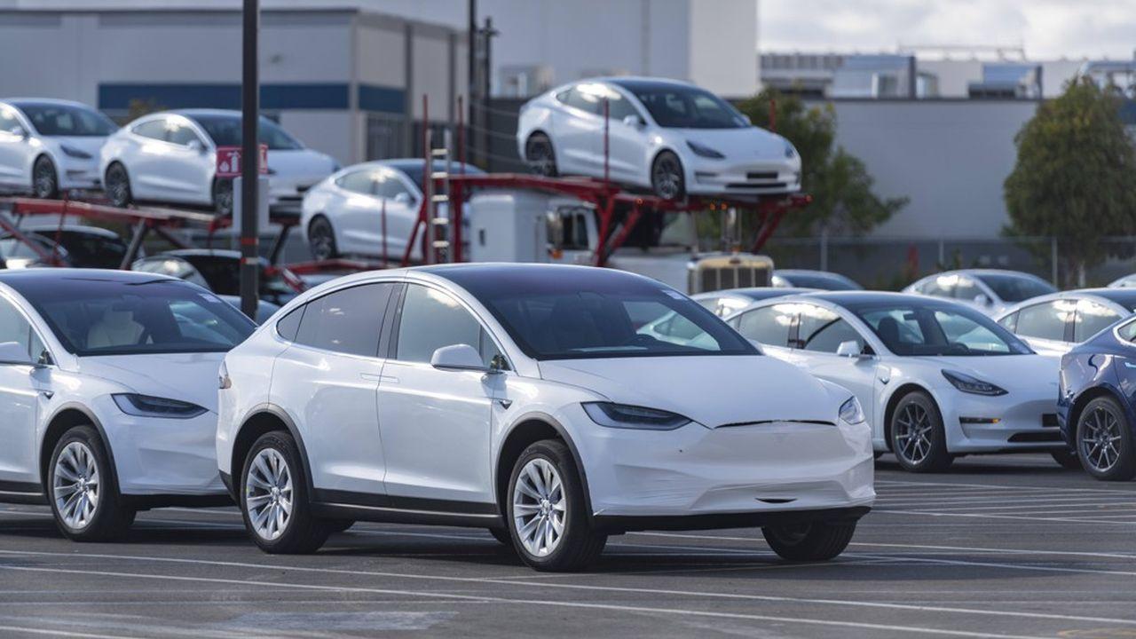 L'inclusion dans le SP 500 va favoriser mécaniquement la hausse du cours de l'action Tesla.