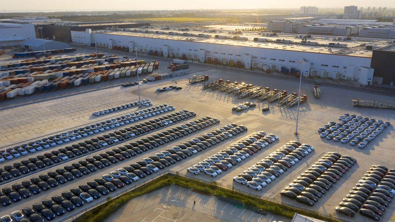 La domination de Tesla qui se poursuit sur le marché de la voiture électrique est notamment due à sa présence sur le marché chinois, où sa gigafactory de Shanghai est opérationnelle depuis fin 2019.