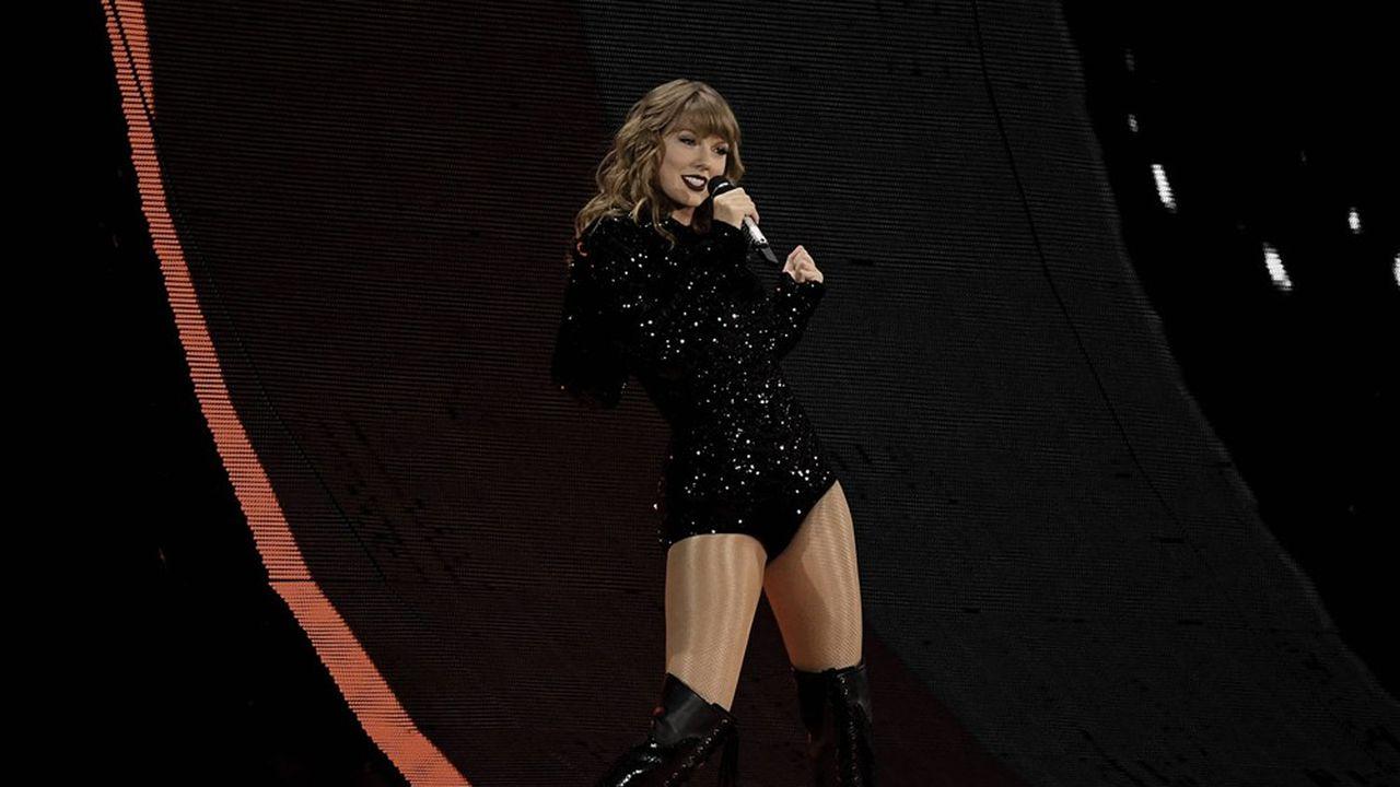Taylor Swift menace de réenregistrer son catalogue de titres pour l'exploiter elle-même.