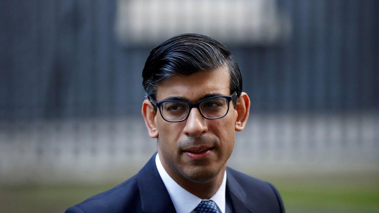 Le chancelier de l'Echiquier, Rishi Sunak, envisage d'abroger les allocations supplémentaires aux familles pauvres, au nom de la rigueur budgétaire, selon «The Guardian».