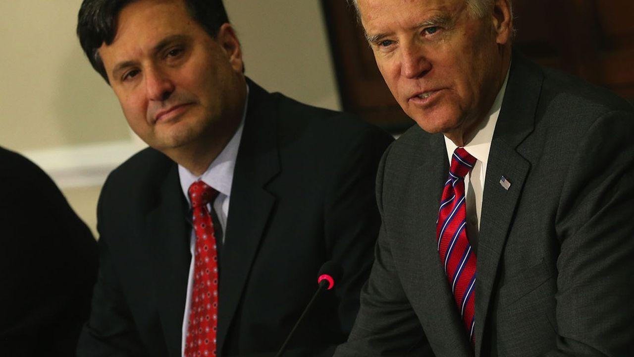 Ron Klain, un proche de Joe Biden, a été choisi comme chef de cabinet du futur président.