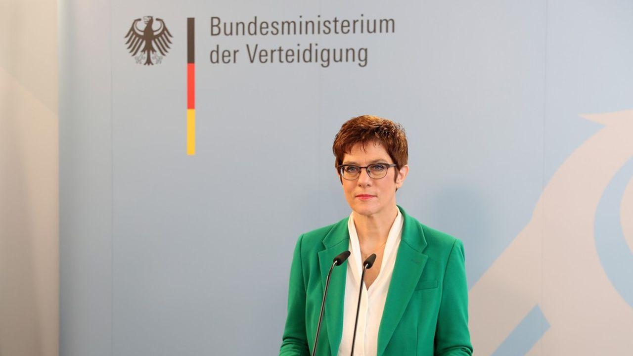 «Sans les capacités nucléaires et conventionnelles de l'Amérique, l'Allemagne et l'Europe ne peuvent se protéger. C'est un fait», a martelé mardi la ministre de la Défense allemande Annegret Kramp-Karrenbauer.