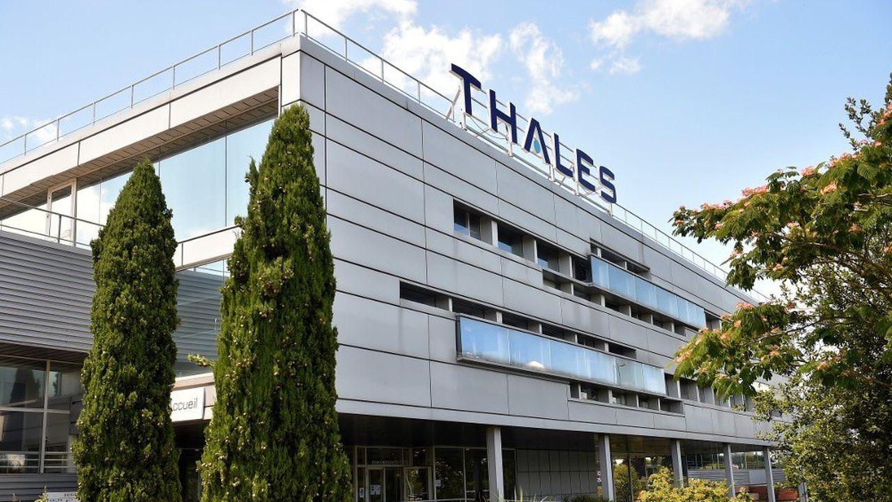 Thalès décroche le troisième plus grand contrat militaire de son histoire.