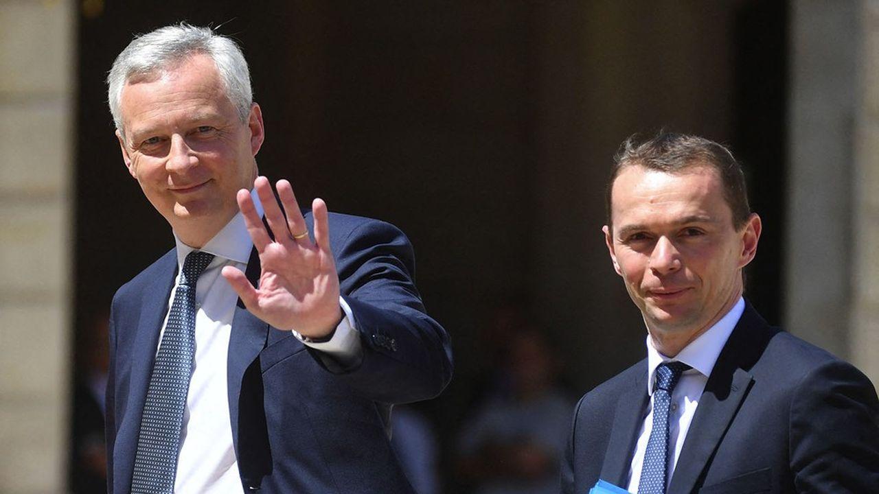 Bruno Le Maire et Olivier Dussopt, les deux ministres de Bercy, ont salué les dispositions en faveur de l'actionnariat salarié.
