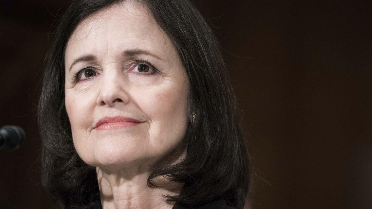 Judy Shelton, 66 ans, avait remis en cause la nécessité d'indépendance de la Fed vis-à-vis du pouvoir politique.