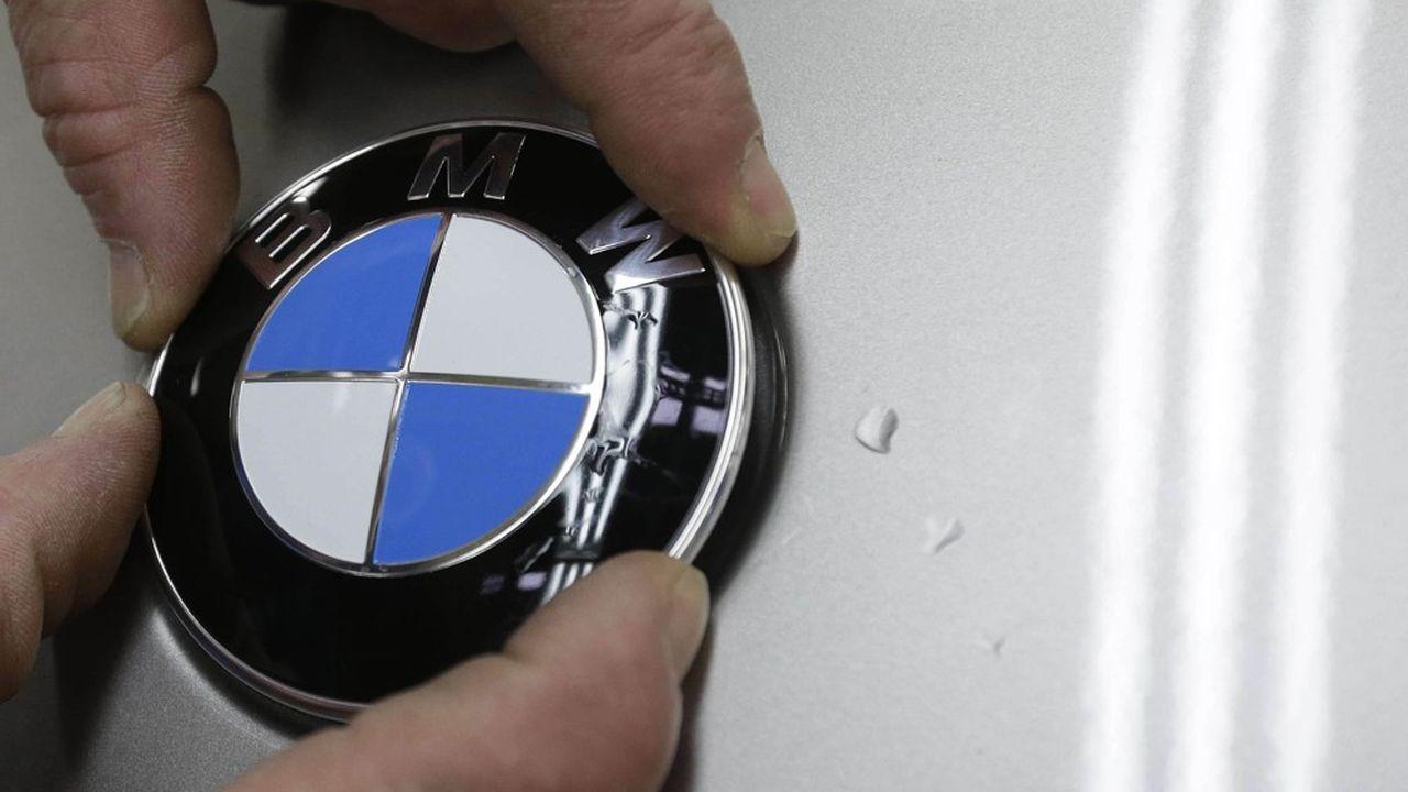 BMW, qui a bâti sa réputation sur la qualité de ses moteurs à combustion, fait le choix d'installer l'électrique au coeur de son bastion industriel de Munich.
