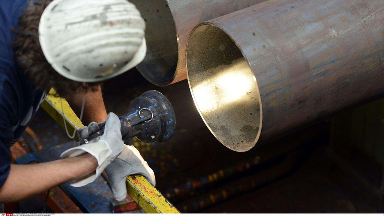 Le fabricant de tubes en acier pour l'industrie de l'énergie annonce ce mercredi plus d'un millier de suppressions de postes pour affronter la crise sanitaire plus longue que prévu.