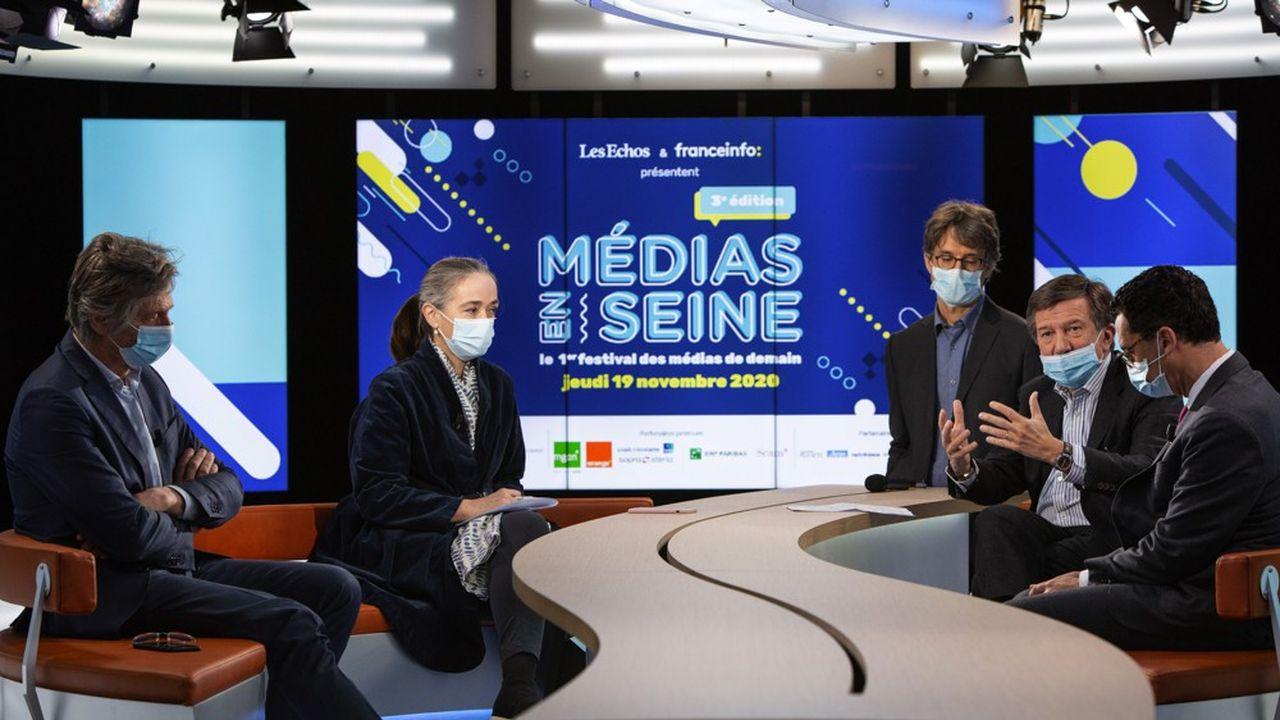 De gauche à droite Nicolas de Tavernost (M6), Delphine Ernotte (France Télévisions), Bruno Patino (Arte), Gilles Pélisson (TF1) et Maxime Saada (Canal+).