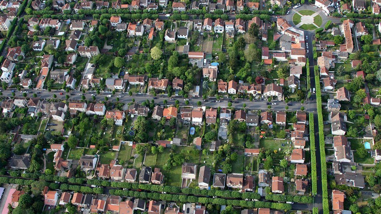 La commune de Vigneux va procéder à une révision de son plan local d'urbanisme afin de réduire la densité des constructions