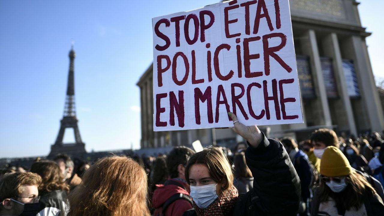A Paris, une manifestation a débuté au Trocadéro en début d'après-midi.