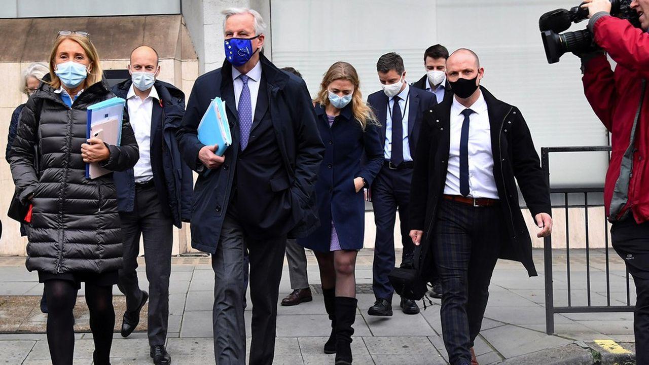 Après la contamination d'un des négociateurs européens, la semaine dernière, les discussions vont à nouveau se tenir à distance, le temps que les personnes potentiellement infectées aient été testées.