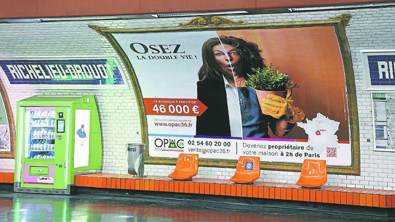 Campagne publicitaire du département de l'Indre, ici à la station Richelieu-Drouot dans le métro parisien.