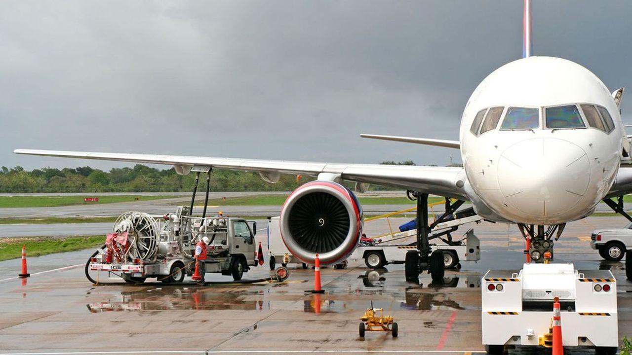 Les biocarburants durables permettraient de réduire fortement le bilan carbone du transport aérien, avec les avions actuels.