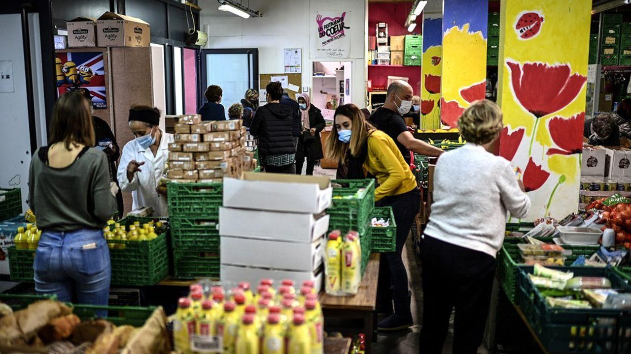 Pauvreté : 100 millions vont être distribués aux associations