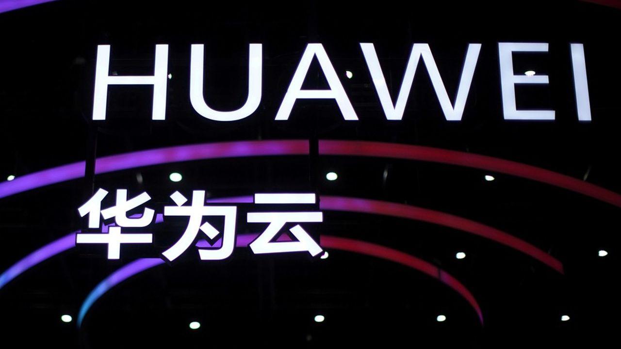L'«interdiction d'installer» de nouveaux équipements Huawei, qui devrait entrer en vigueur très rapidement, va beaucoup plus loin que la simple exclusion progressive de Huawei décidée par Londres en juillet.