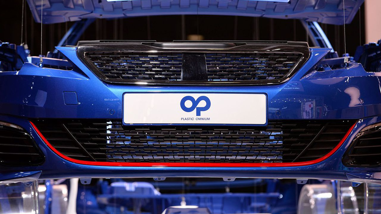 Plastic Omnium, qui a réalisé 9,2milliards d'euros de chiffre d'affaires l'an dernier, ambitionne environ 300millions de commandes en 2025 dans la mobilité hydrogène, puis 3milliards en 2030.