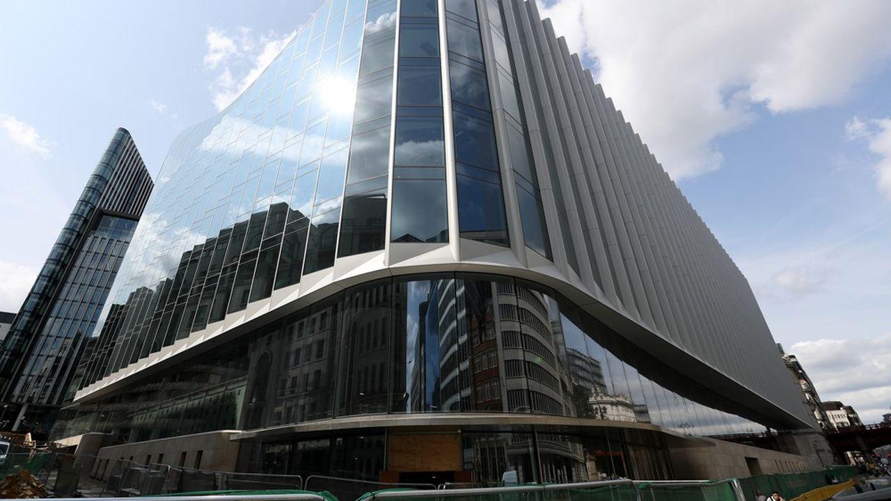 Goldman Sachs a choisi Paris pour implanter sa plate-forme européenne de trading actions.