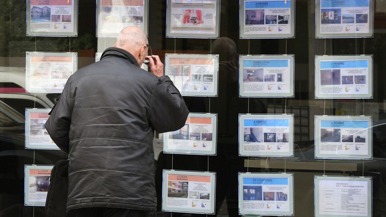 Les professionnels de l'immobilier sont inquiets d'un durcissement des conditions d'octroi de crédits par les banques.