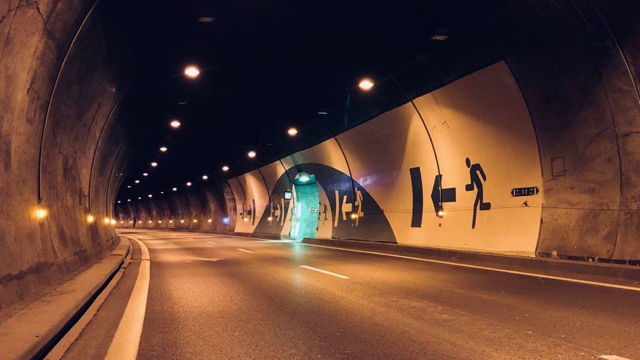 Le tunnel relie Chamonix à Courmayeur sur 11,611 kilomètres