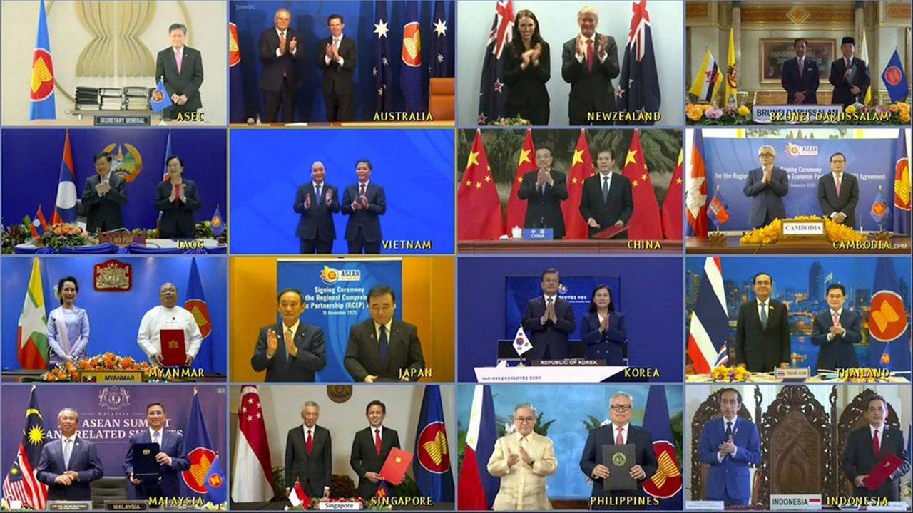 Les chefs de gouvernement des signataires du RCEP lors d'une visioconférence le 15 novembre 2020.