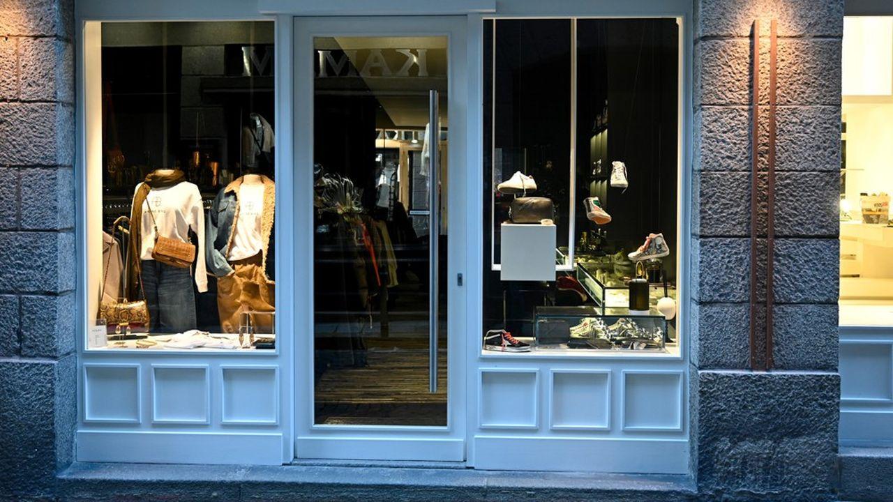 A Paris, 55.000 commerces pourront donc rouvrir leurs portes samedi, en sus des 10.000 déjà autorisés.