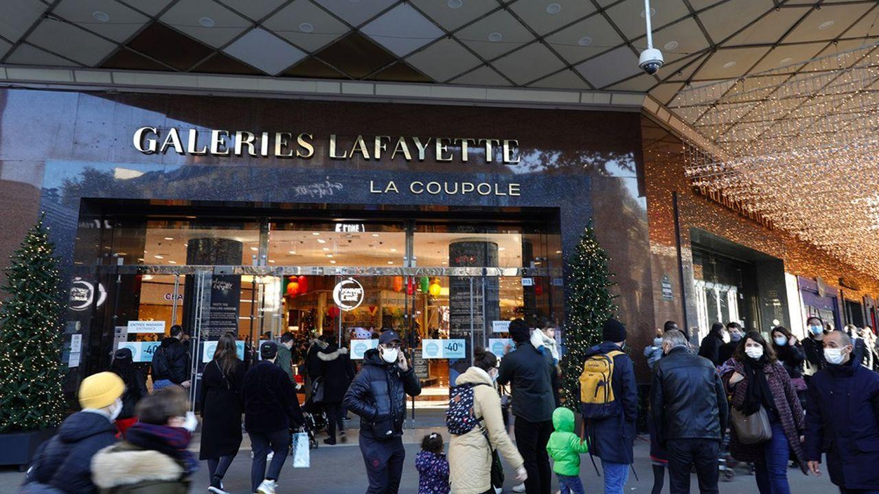 Aux Galeries Lafayette, boulevard Haussmann à Paris, «les clients ont répondu présent: nous avons dépassé de 20% le chiffre d'affaires que nous nous étions fixés pour cette journée», assure la direction.