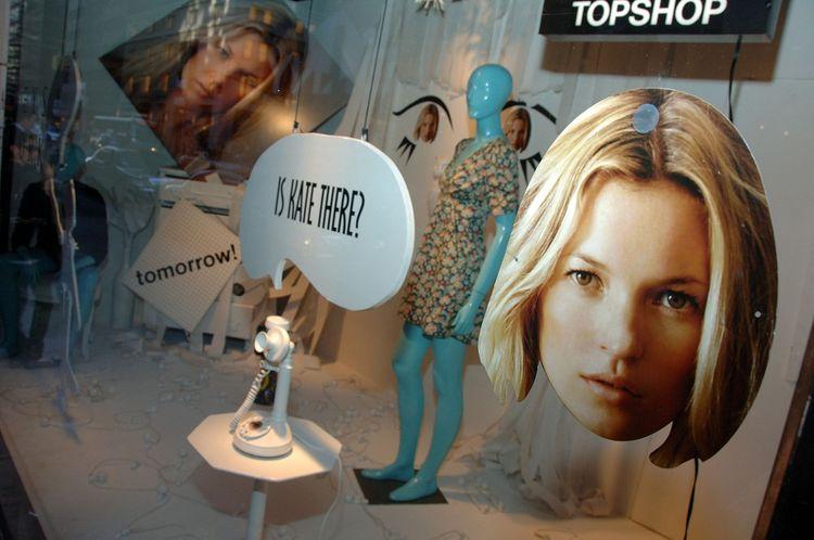 La collaboration entre Kate Moss et Topshop en 2007.