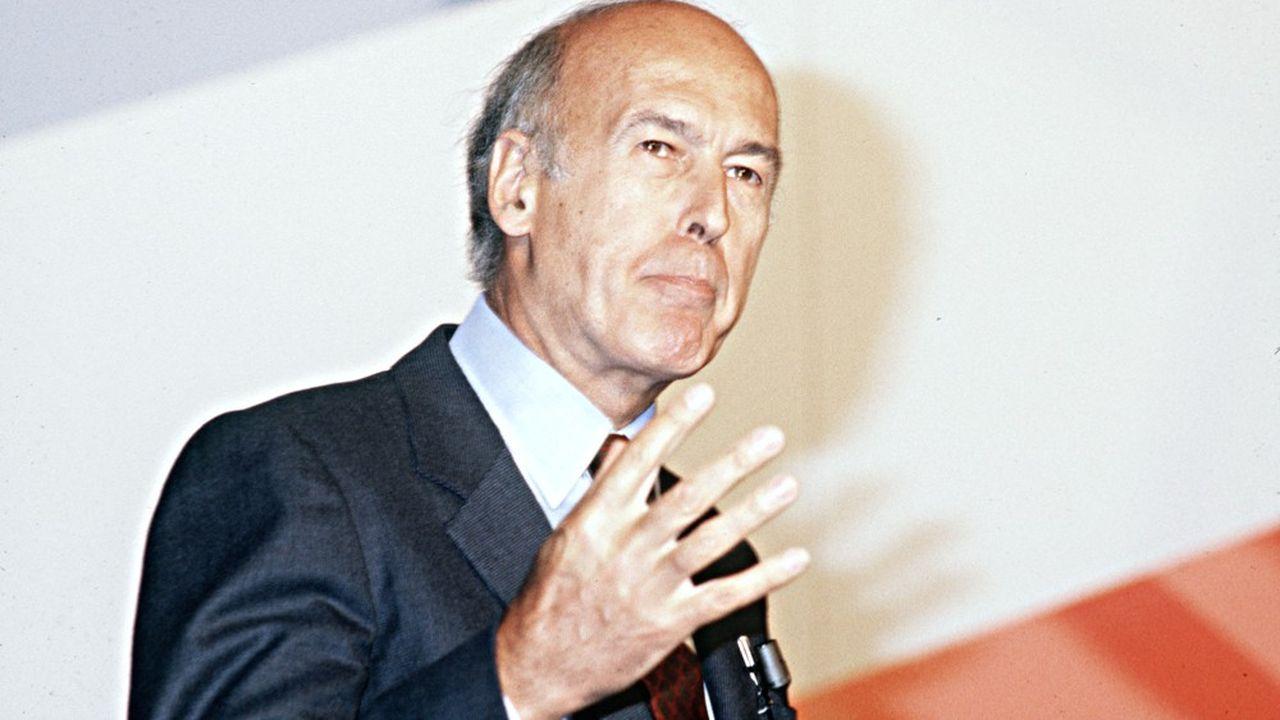 La classe politique française salue l'homme qui a modernisé et transformé la France ainsi que l'Européen convaincu.