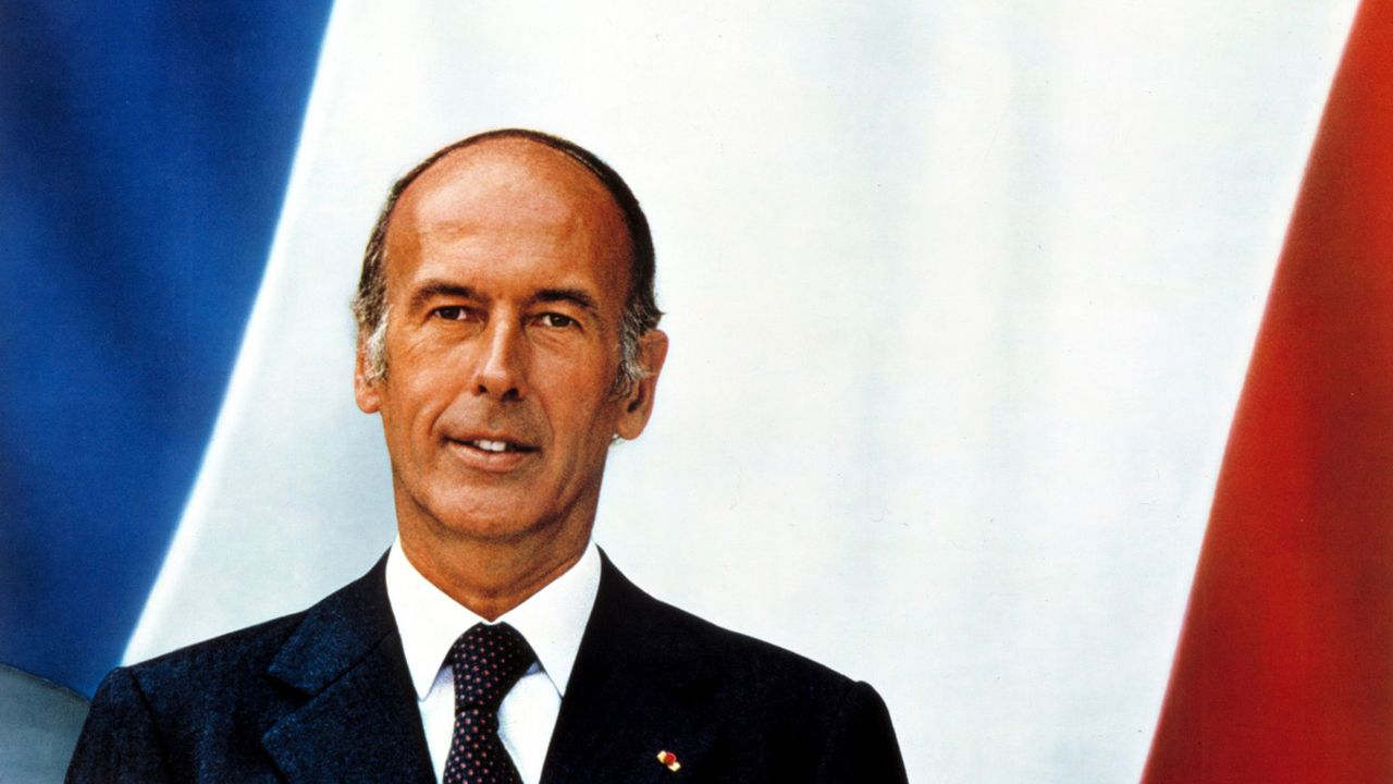 Valéry Giscard d'Estaing : son parcours politique en photos