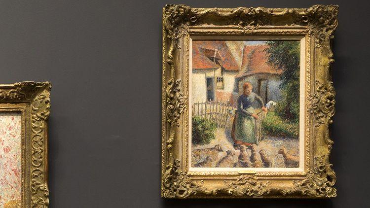« Bergère rentrant ses moutons », le tableau de Pissarro, actuellement accroché au musée d'Orsay.